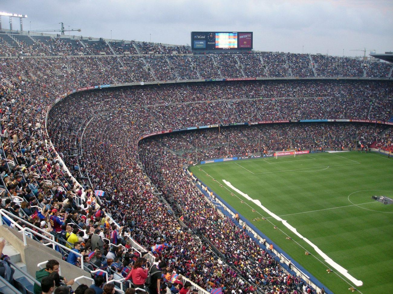 stade football pelouse